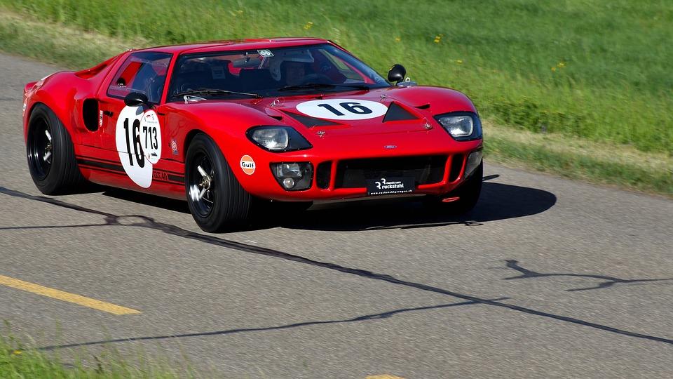 sports-car-3369444_960_720
